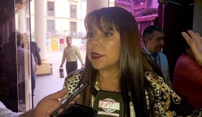 """Celeste Amarilla es """"una descarada"""", dicen docentes a los que llamó """"burros"""""""