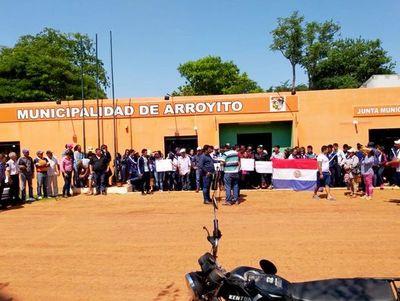 Estudiantes de Arroyito denuncian que agresiones en manifestación