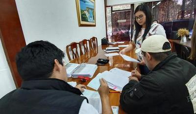 Un total de 48 funcionarios despedidos de la Gobernación cobran indemnizaciones