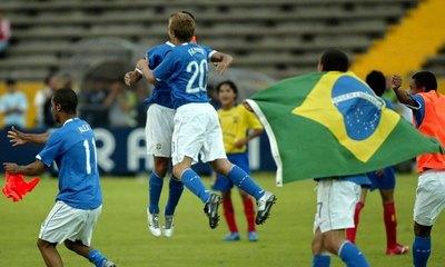 Brasil remontó ante Francia y se cita en la final del Mundial con México