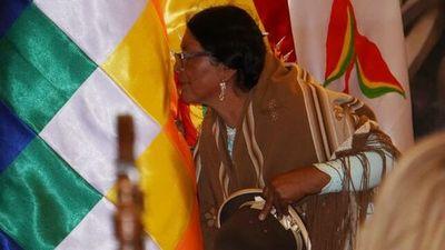 Una mujer aimara destaca en el gabinete del Gobierno transitorio de Bolivia