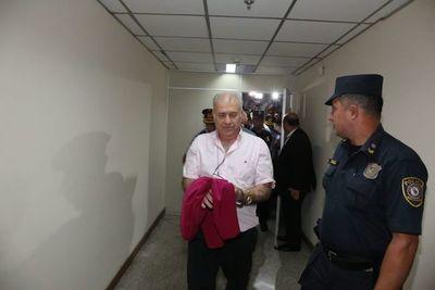 Ordenan prisión preventiva para González Daher y su hijo
