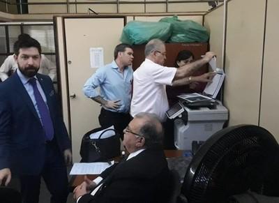 Juez decreta prisión preventiva para Ramón González Daher y su hijo