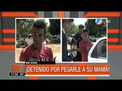 Detenido por golpear a su mamá