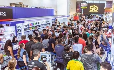 HOY / Boom por Black Friday CDE: primer día registró a 60.000 compradores y esperan doblar cifra