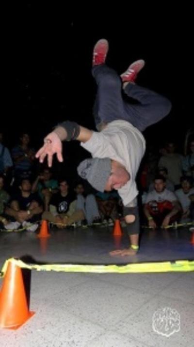 Campeonato de danza y música urbana en la Manzana