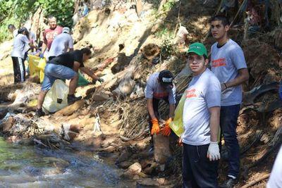 Inesperada participación de jóvenes en jornada de limpieza