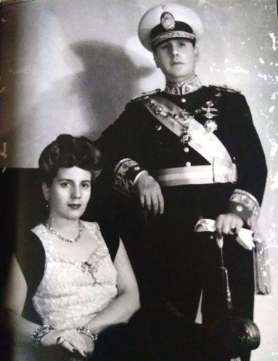 La madona de  los descamisados:  un siglo de Eva Perón (1919-2019)