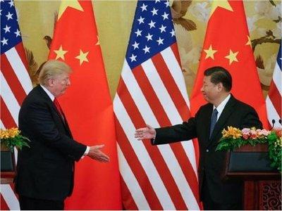 China y EEUU tratan de zanjar su guerra comercial por teléfono