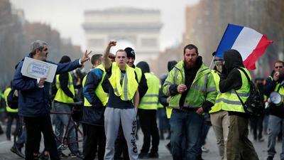 264 personas detenidas en nuevas protestas de los chalecos amarillos en Francia