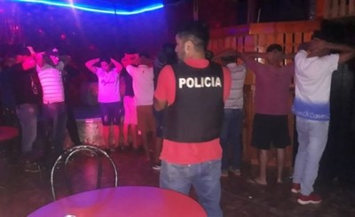 """Allanan prostíbulos por """"Black Friday"""" de mujeres"""