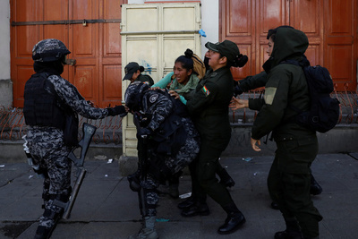 Bolivia: dan carta blanca para reprimir y matar a mansalva