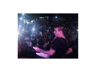 Playa Isla Medin abrió sus puertas con Talento de Barrio en concierto