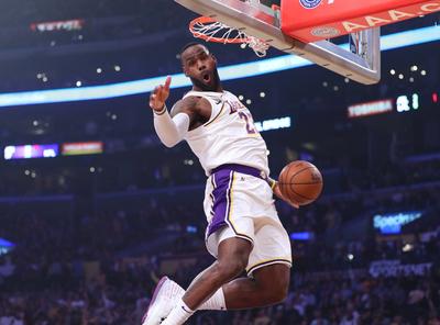 Los Ángeles Lakers alcanzan la mejor marca en la NBA