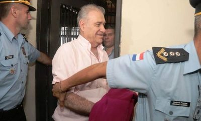 Ramón González Daher con celular en prisión