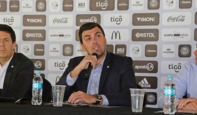 Apuestas, dirigentes y fútbol: ¿Investigación a todos los clubes y jugadores?