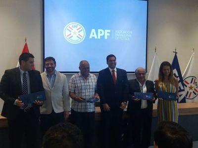 Cuatro técnicos paraguayos obtuvieron sus licencias Pro