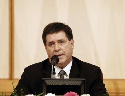 Emiten orden de prisión contra Horacio Cartes en Brasil