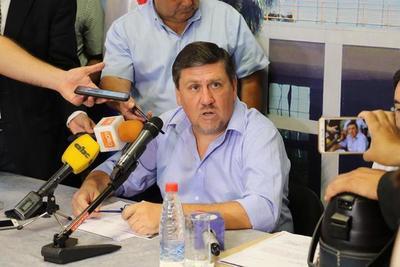 """Llano: """"Cartes tiene fueros y no puede ser extraditado"""""""