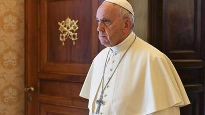 El papa expulsa del sacerdocio a un cura chileno investigado por abuso a menores