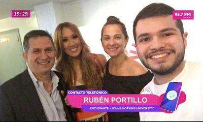 Rubén Portillo, el paraguayo que entregó premios en los Latin Grammy