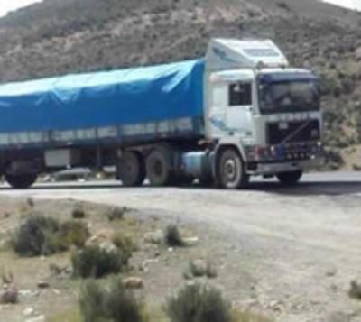 Camioneros paraguayos varados en Bolivia