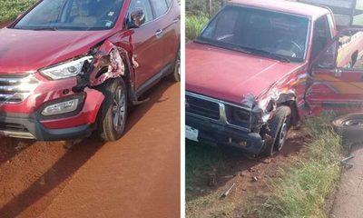 Daños materiales y lesión en accidente de transito