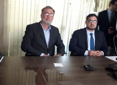 Abogados anuncian 'operativo Libertad' para aclarar la situación de Horacio Cartes