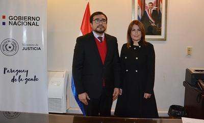 Alejandra Peralta renuncia al cargo de vice ministra de Justicia