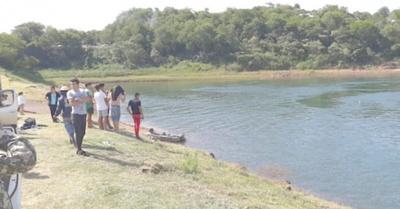 Filman cómo se ahogan dos jóvenes estudiantes