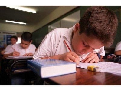 Hay 21 casos de  suspensión de exámenes por morosidad