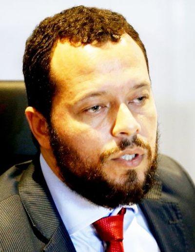 Cartes estará preso en Paraguay, según fiscal