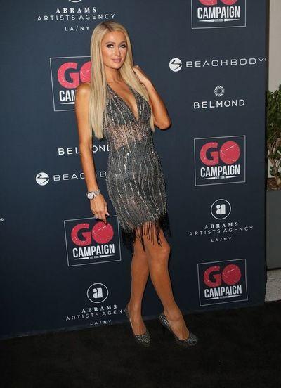 "Paris Hilton reconoce que le ""encanta"" la música del reguetonero J Balvin"