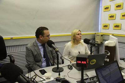 Tras reunión con abogados de Messer, secretario privado de Villamayor renunció a su cargo