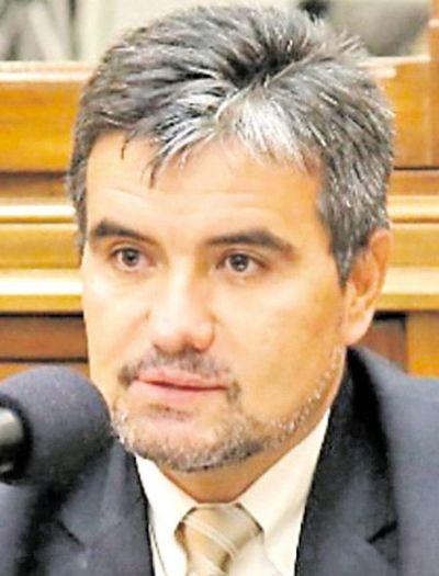 Caso Messer: Diputado Acosta  cuestionó actuación de la Fiscalía y de la Seprelad