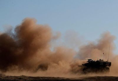 Ascienden a 21 milicianos y soldados muertos en ataque israelí en Siria, ségun ONG