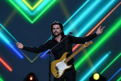 Juanes cumple 20 años de carrera mirando al futuro