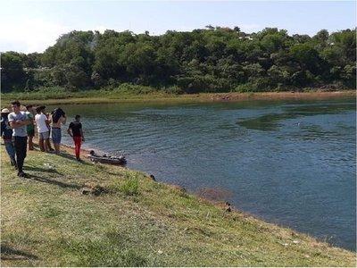 Hallan cuerpo de adolescente ahogado en el río Paraná