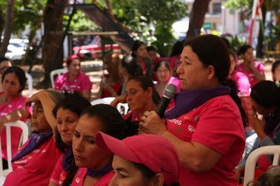 Realizarán una acción de trenzar el cabello entre mujeres contra la violencia
