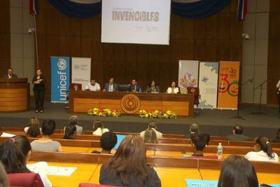 30° aniversario de Convención de Derechos del Niño se evocó