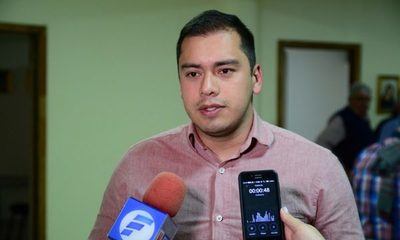 Prieto adelanta que vetará presupuesto modificado por la Junta, y ratifica que inician una campaña de desprestigio en su contra