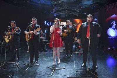 Alejandro Simón y su Dinastía lanza canción dedicada a migrantes