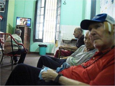 Senado rechaza veto a propuesta que universaliza la pensión alimentaria