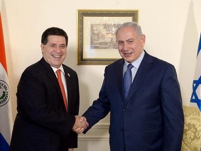 Primer ministro israelí amigo de Cartes es imputado por corrupción
