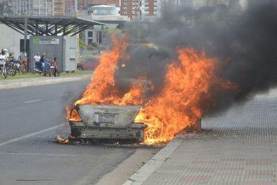 Recomendaciones para evitar incendios de autos y colectivos
