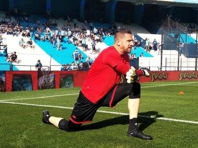 Antony Silva fue elegido 'arquero del mes' en la Superliga