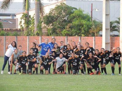 Fútbol femenino: las chicas no paran