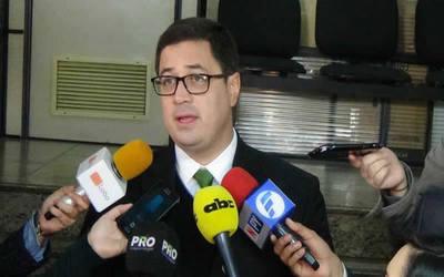 Abogado de Cartes confía en que justicia brasileña concederá Habeas Corpus