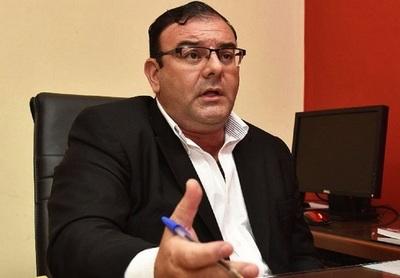 """Fiscalía pide juicio oral para diputado que colocó a """"caseros"""" como funcionarios de la Cámara"""