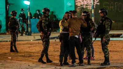 Protestas se intensifican en Colombia y Duque saca el Ejército a las calles